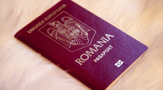 Cartea de identitate si pasaportul romanesc
