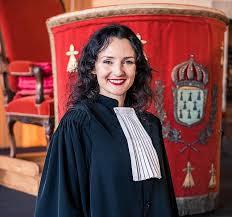 Un avocat roman in Bretania-Franta